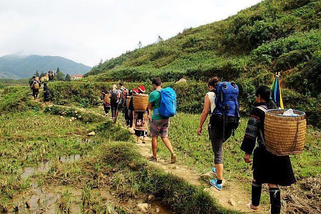 Y Linh Ho Sapa, Sapa Tours, Cozy Vietnam Travel