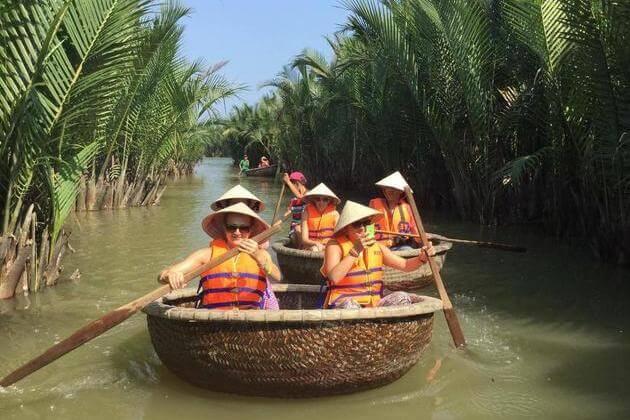 Vietnamese bamboo basket boat tour, Cozy Vietnam Travel, Hoi an Tours