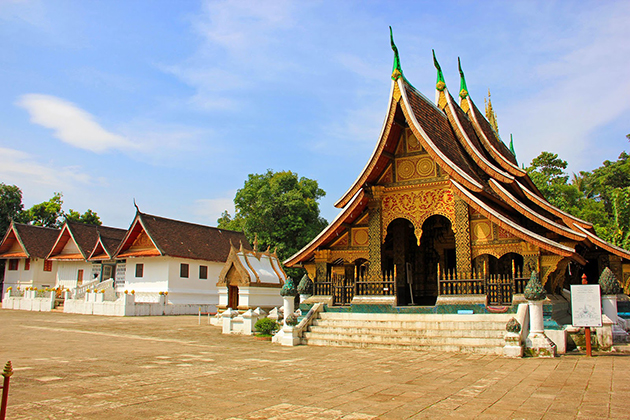 Wat Xieng Thong in Laos, Cozy Vietnam Travel