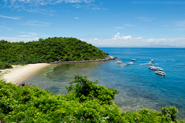Xep Beach in Phu Yen, Cozy Vietnam Tour