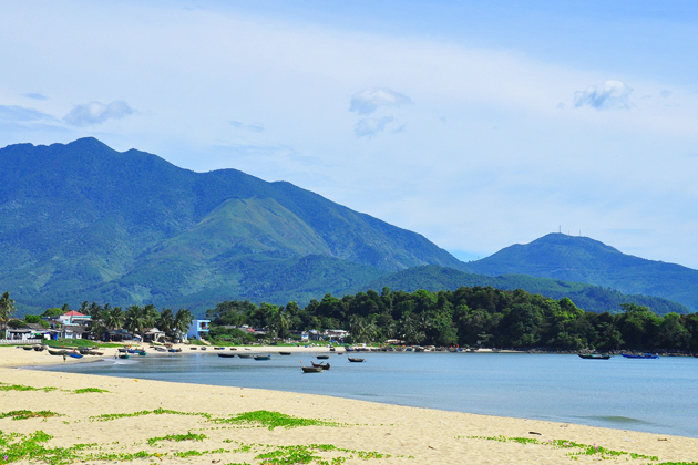 Xuan Thieu Beach, Da Nang Tour, Vietnam Travel