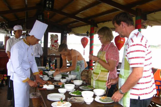 Hoi an Cooking Class, Hoian City Tours, Vietnam Tours, Cozy Vietnam Travel