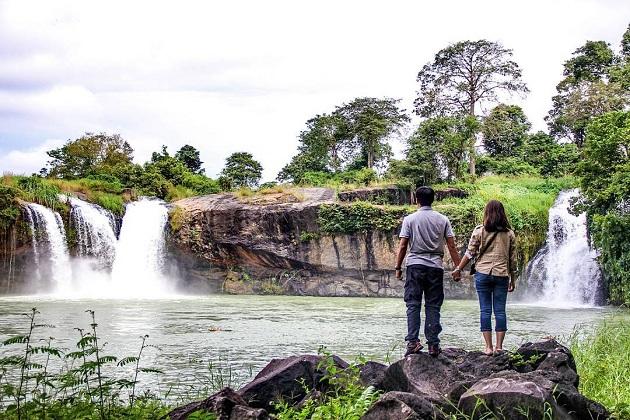 Thuy Tien Waterfall, Dak Lak Tour, Cozy Vietnam Travel