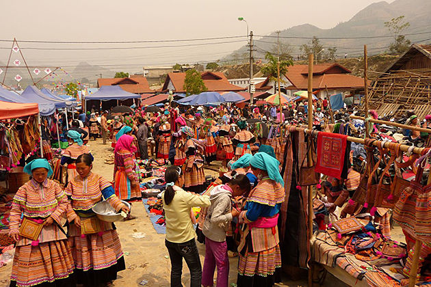 Bac Ha market, Sapa Tours, Cozy Vietnam Travel
