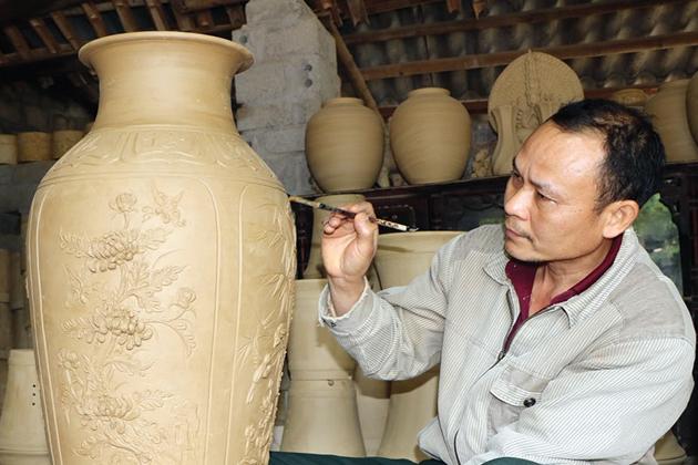 bat trang ceramic village, hanoi city tours, vietnam travel, cozy vietnam tours