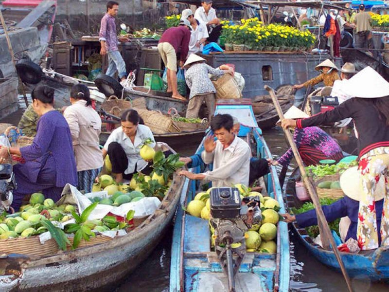 cai be floating market, Cozy Travel, Vietnam Travel