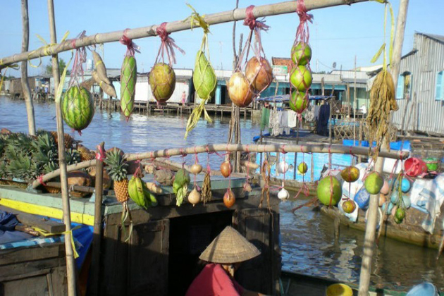 Chau Doc Floating Market in An Giang, Cozy Vietnam Travel