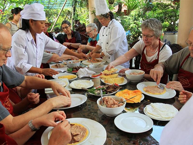 cooking lesson in Hoian, Hoian Tours, Hoian Old Quarter, Cozy Vietnam Travel
