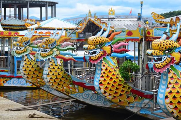 Dragon Boat on Perfume River, Hue Tours, Cozy Travel