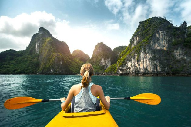Kayaking in Halong Bay, Cozy Vietnam Travel, Halong Bay Tours