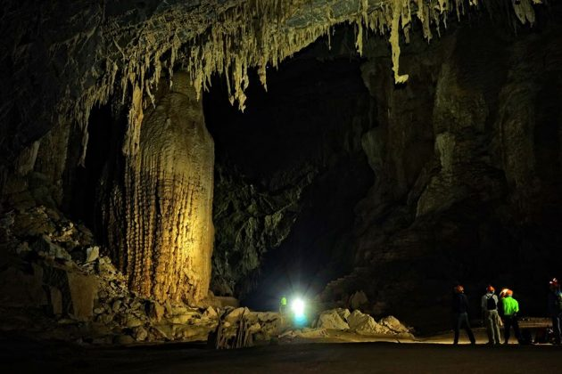 Dark Cave in Phong Nha, Cozy Vietnam Travel