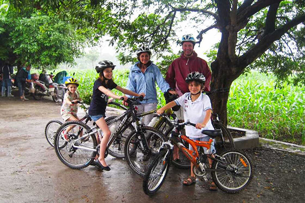Dong Ngac culture village by Bicycle, Hanoi Tours, Cozy Vietnam Tours