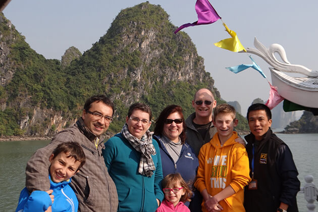Small Group Overnight in Halong Bay, Halong Bay Tours, Cozy Vietnam Travel, Vietnam Tours