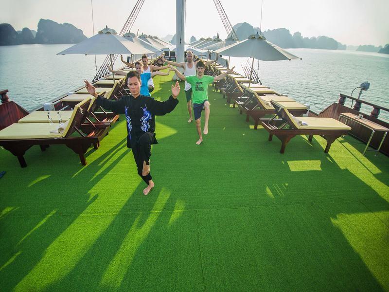 Tai Chi Exercise in Halong Bay,Cozy Tous,Vietnam Tous