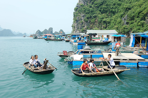 Cua Van Floating Fishing Village, Halong Bay Tours, Cozy Vietnam Travel