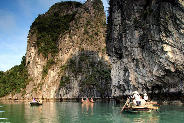 Halong Bay Tours, Overnight Cruise, Cozy Vietnam Travel