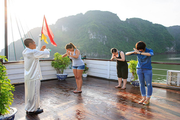 Tai Chi Lesson in Halong Bay, Halong Bay Travel, Cozy Vietnam Travel