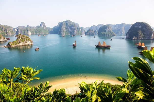 Halong Bay Vietnam, Halong Bay Tours, Cozy Vietnam Travel, Vietnam Tours