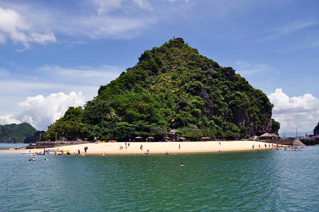 Halong Bay Tours, Halong Bay Travel, Vietnam Travel, Cozy Vietnam Tours