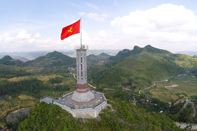 Flag tower, Ha Giang Travel, Cozy Vietnam Travel