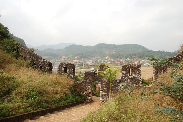 mac dynasty citadel, Cozy Vietnam Travel, Vietnam Tours