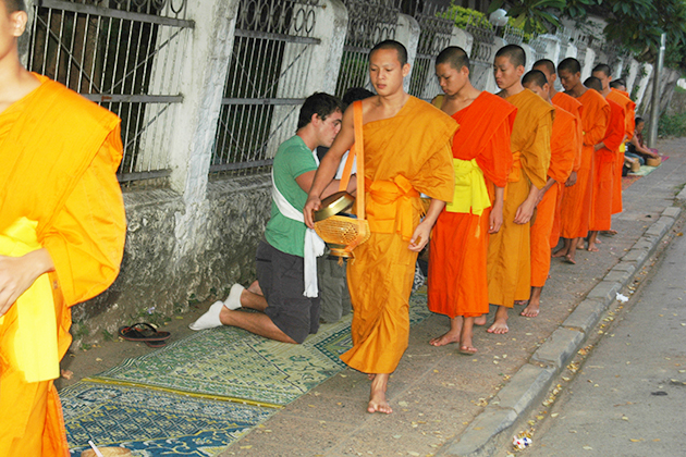 Morning Monk in Laos, Cozy Vietnam Travel