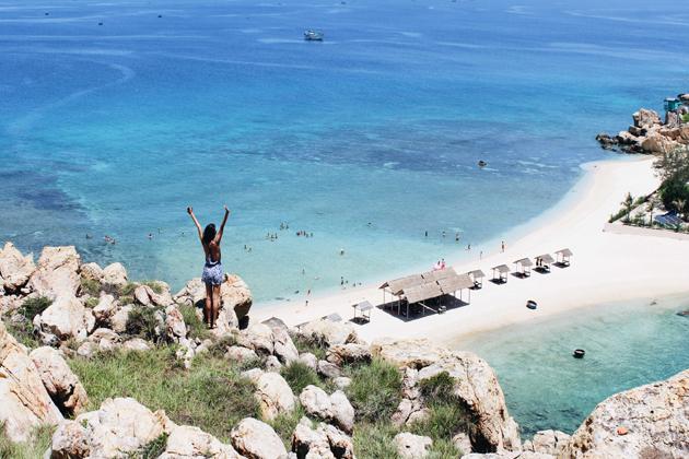 Nha Trang Beach in Khanh Hoa, Khanh Hoa Travel, Vietnam Cozy Travel