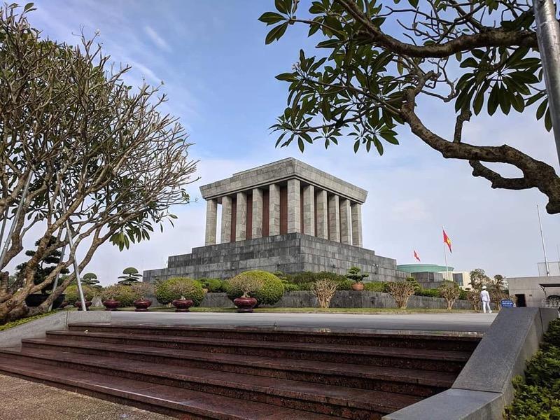 Ho Chi Minh's mausoleum, Hanoi Tours, Cozy Vietnam Travel, Cozy Tours