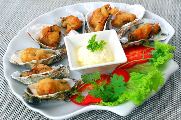Quan Lan SeaFood , Quang Ninh Foods, Cozy Vietnam Travel