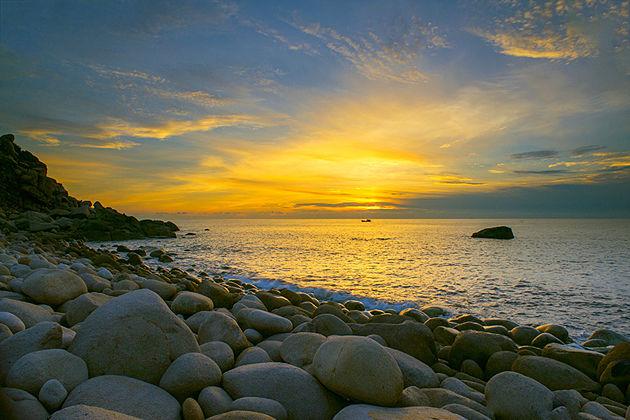 Queen Beach, Quy Nhon, Tours, Cozy Tours