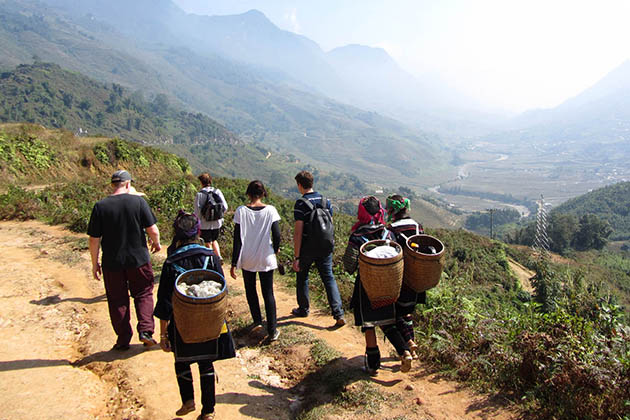 Trekking Nam Hong in Ha Giang, Cozy Vietnam Package Tours, Vietnam Classic Tours