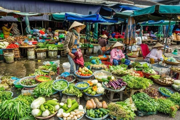 Local Market in Saigon, Sai Gon City Tours, Cozy Vietnam Travel, Vietnam Tours