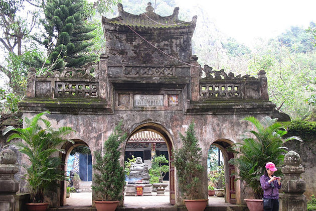 Tam Thanh Pagoda in Lang Son, Cozy Vietnam Travel