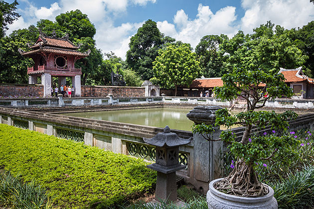Hanoi City Tour, The Temple of Literature, Cozy Vietnam Travel, Vietnam Tours