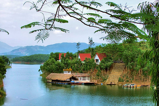 Thac Ba Lake, Yen Bai, Tours, Cozy Vietnam Travel