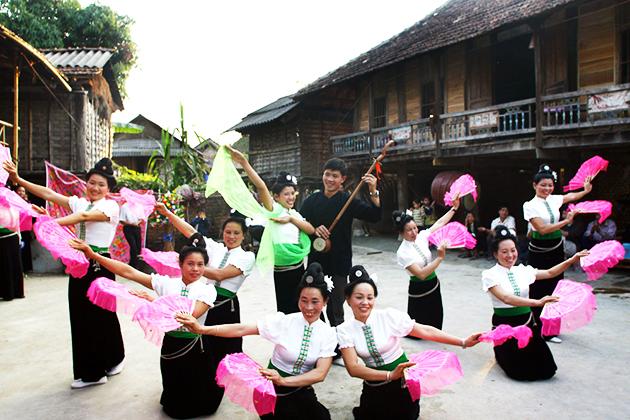 thai ethnic group festival, Cozy Vietnam Travel