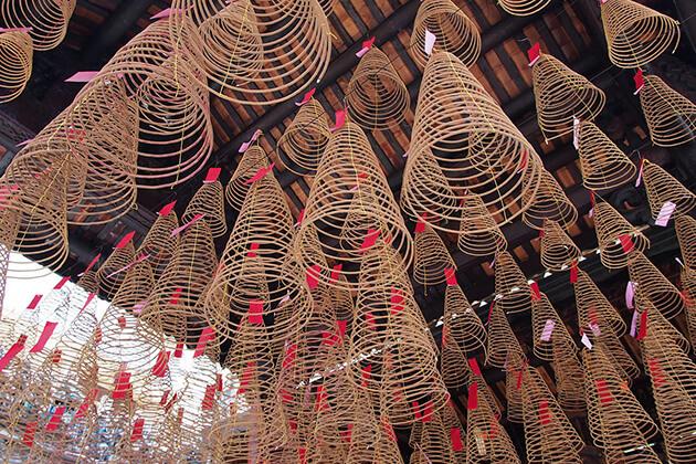 thien hau pagoda in saigon, Cozy Vietnam Travel