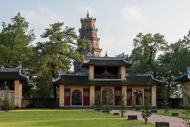 Thien Mu Pagoda, Hue City Tours, Cozy Vietnam Travel