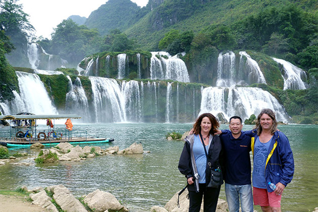 Ban Gioc Waterfall , Cao Bang Tour, Cozy Vietnam Travel