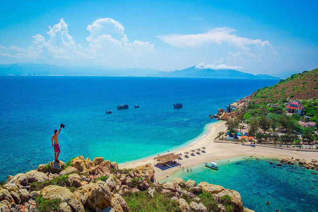 Yen Island in Nha Trang, Tours, Cozy Vietnam Travel