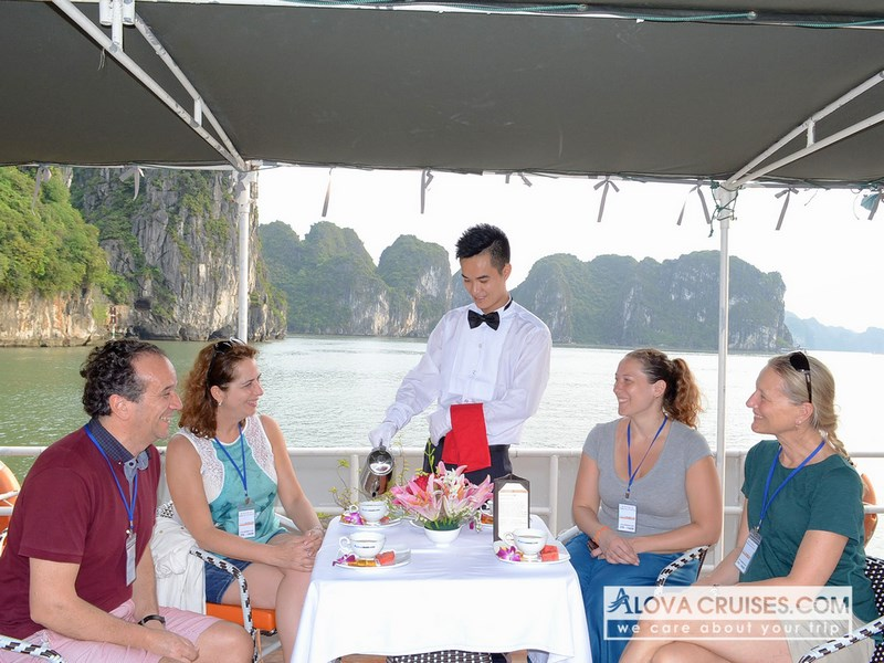 Ha long bay 1 day 5 hours, Tour, Cozy Vietnam Travel, Ha long bay 1 day 5 hours