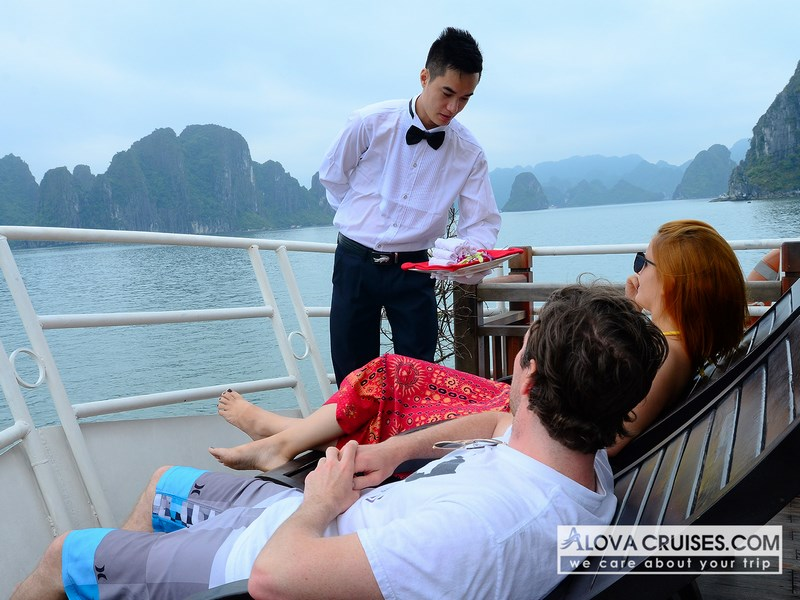 Ha long bay 1 day 5 hours, Cozy Vietnam Travel, Tour
