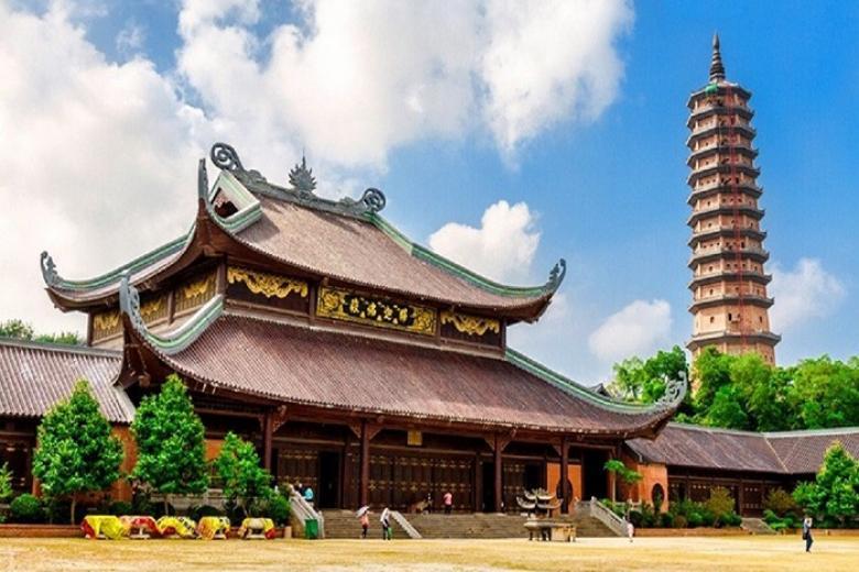 Bai Dinh Pagoda in Ninh Binh, Cozy Vietnam Travel