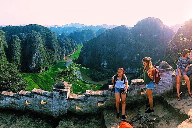 Mua Cave 2 in Ninh Binh, Vietnam Tours, Cozy Vietnam Travel