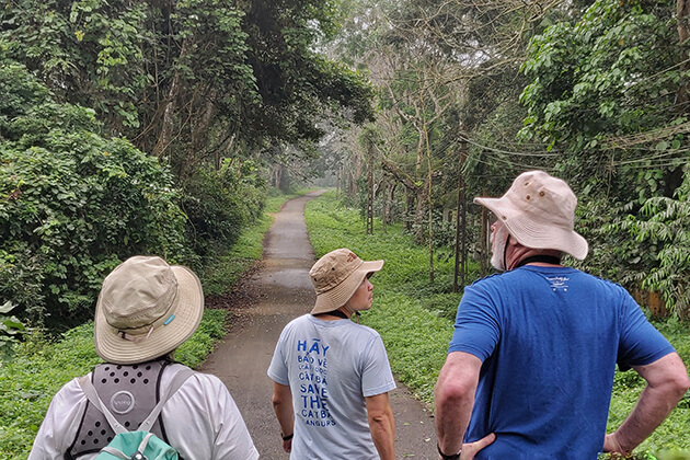 Trecking in Cuc Phuong National Park