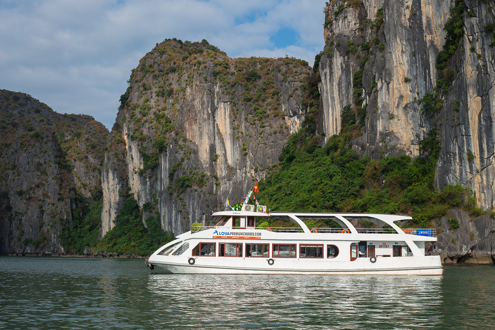 Ha long bay 1 day 5 hours, Tours, Ha long bay 1 day 5 hours, Cozy Vietnam Travel