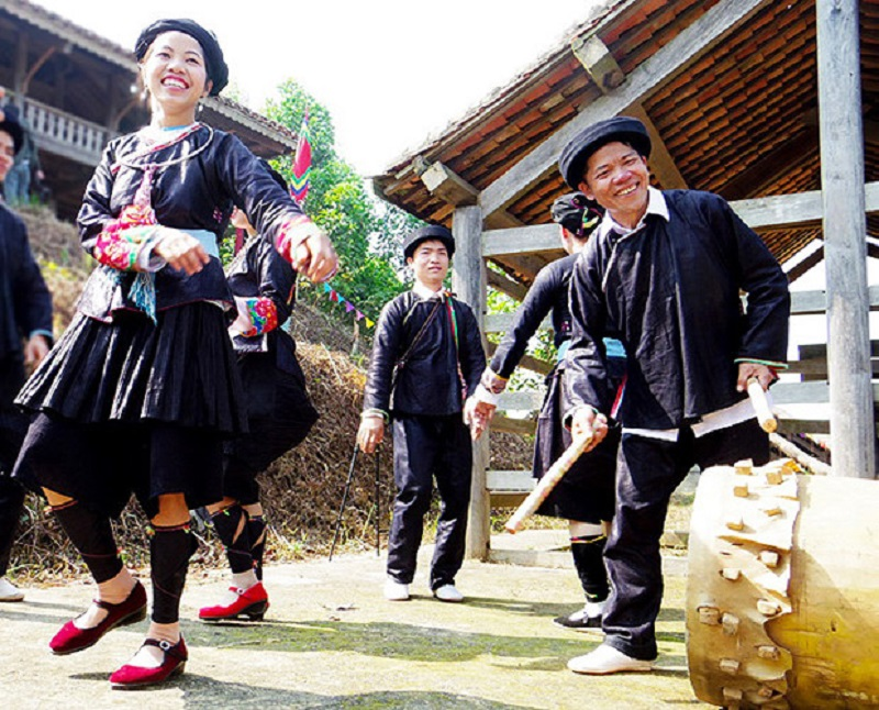 Festival Of Giay People, Cozy Vietnam Travel