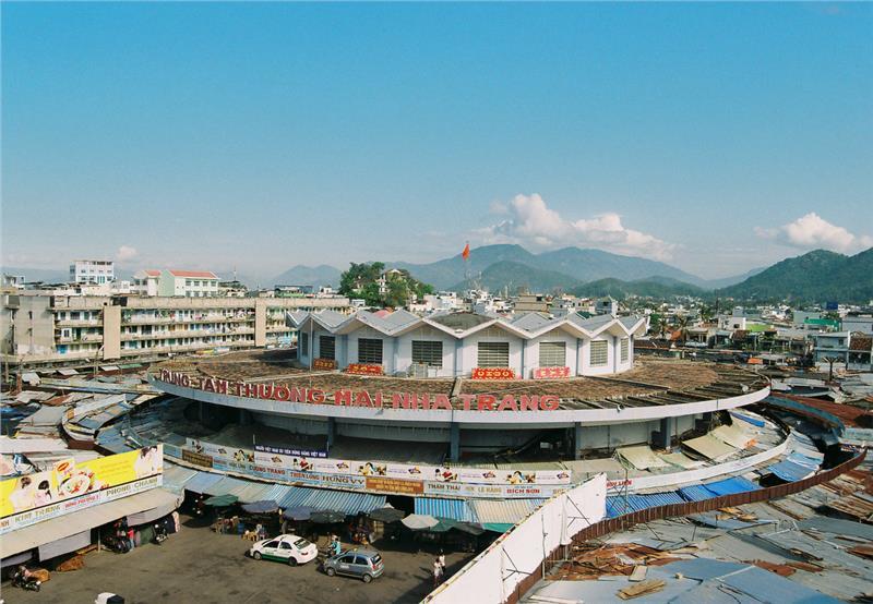 Dam Market in Nha Trang, Cozy Vietnam Travel
