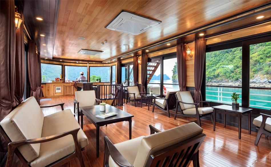 Restaurant of Escapes Sail, Lan Ha Bay Tour, Cozy Vietnam Travel