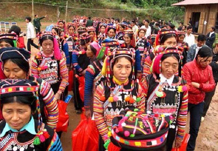 Quet Lang Festival, Cozy Vietnam Travel